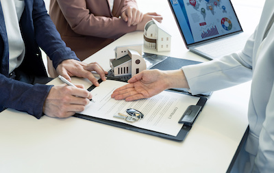 How do Real Estate Investors Market to Homes in a Trust
